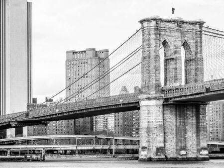 Views of the Brooklyn bridge