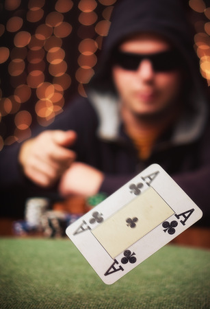 Giocatore di poker  Archivio Fotografico - 46207001