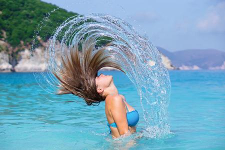 swimm: Beauty in the sea
