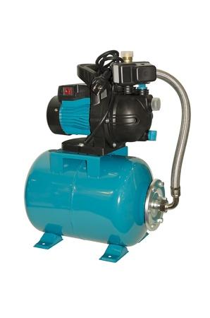 Wasserpumpe mit Druckbehälter Standard-Bild - 21632437