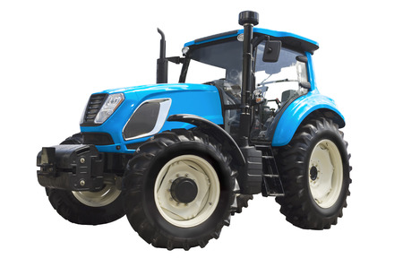 Duży ciągnik rolniczy na białym tle