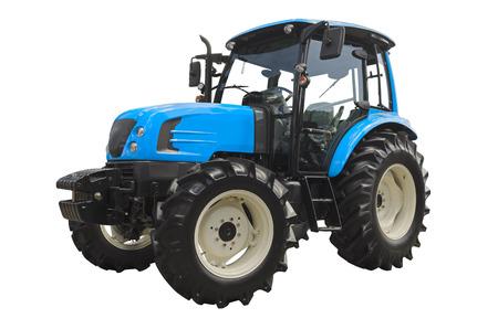 Tractor agrícola aislado sobre un fondo blanco.