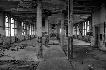 長い生産の柱ホール