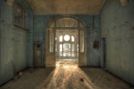 療養所ベーリッツで階段の太陽光線 写真素材