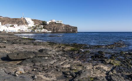 Coast in town Las Playitas, Fuerteventura, Canary Islands 版權商用圖片 - 142443256