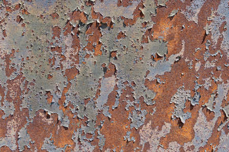 Old, rusty, rough metal texture covered in patches of peeling off old paint 版權商用圖片 - 151355281