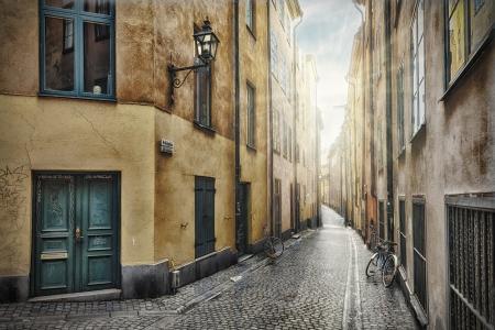 Empty street, Stockholm Old Town, Prastgatan Stock Photo