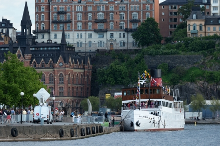 chris: STOCKHOLM, Sweden - JUNE 8: Princess Madeleine and Chris O�Neill and friends on the steamboat Stockholm going from Riddarholmen to Drottningholm Castle. June 8, 2013, Stockholm, Sweden Editorial