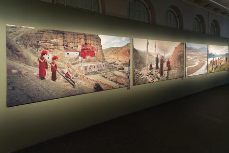 ストックホルム、12 月 27 日: ジミー ネルソン表示写真フォトグラフィスカ博物館にて個展。2014 年 12 月、ストックホルム、スウェーデン。前に鬼籍