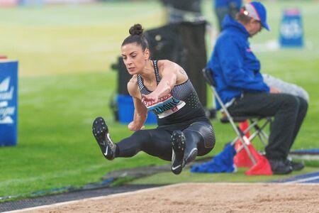 salto largo: Estocolmo, Suecia - 16 de junio, 2016: Ivana Spanovic en el salto de longitud en la Diamond League de la IAAF en Estocolmo. Editorial