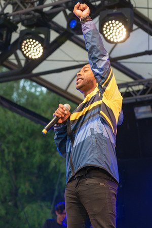 hm: STOCKHOLM, SWEDEN - AUG 21, 2016: Olympic medalists from Rio are celebrated in Kungstradgarden. Entertaind by John Lundvik