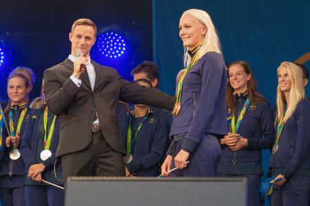 hm: STOCKHOLM, SWEDEN - AUG 21, 2016: Olympic medalists from Rio are celebrated in Kungstradgarden. Swimmer Sarah Sjostrom, Gold, silver and bronze