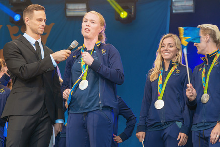 linda: STOCKHOLM, SWEDEN - AUG 21, 2016: Olympic medalists from Rio are celebrated in Kungstradgarden.