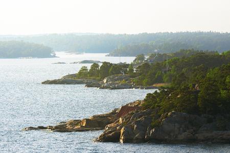 ストックホルムの群島とヘイズのストックホルム, スウェーデン - 2016 年 6 月 19 日: スウェーデンの東海岸の海岸線。