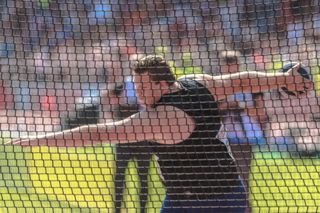lanzamiento de disco: STOCKHOLM, SWEDEN - JUNE 18, 2017:  Discus thrower Daniel Stahl (SWE) at the IAAF Diamond League in Stockholm. warmup at the IAAF Diamond League in Stockholm.