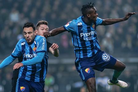 SOLNA, SUÈDE, LE 18 MARS 2018: l'attaquant du DIF Tinotenda Kadewere en demi-finale de la Svenska cupen. Djurgarden a gagné avec 2-0 et est en finale contre Malmö FF Banque d'images - 98877402
