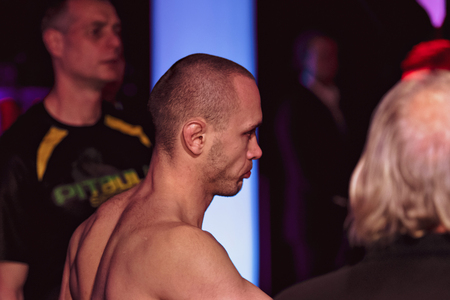 ALVSJO, SWEDEN - DEC 1, 2018: Title bout between David Bielkheden (SWE) vs Marcin Bandel (POL) at the Superior Challenge 18. Bielkeden won18. Bielkeden won 新聞圖片