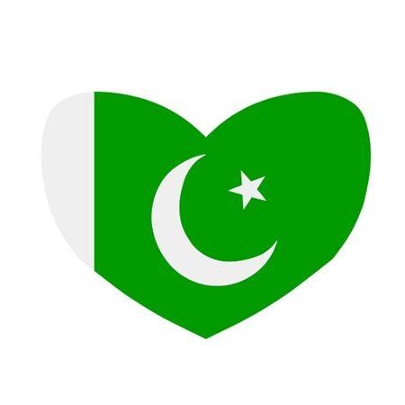 islamabad: Heart Shaped Pakistani Flag
