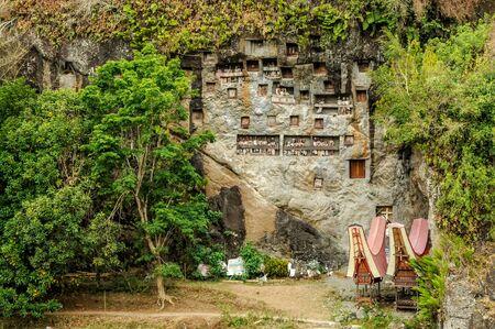 Rock Tombs at Tana Toraja Stock fotó