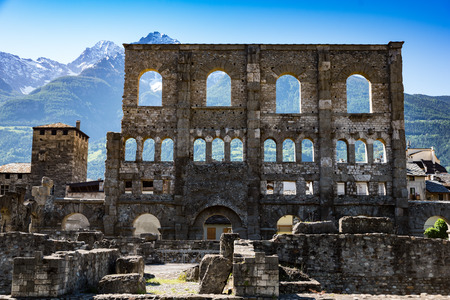 ancient roman ruins in the city of Aosta, Italy 版權商用圖片