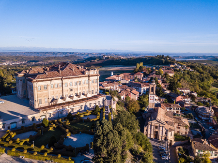 Aerial drone photo of Guarene castle and city in Northern Italy, langhe and roero region 版權商用圖片