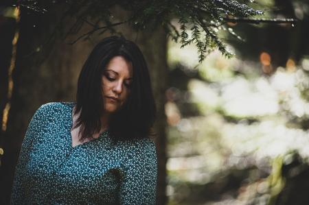 beautiful woman, chubby model in the wood Zdjęcie Seryjne