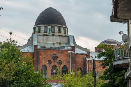 synagoge: synagogue in ruin in kharkiv ukraine
