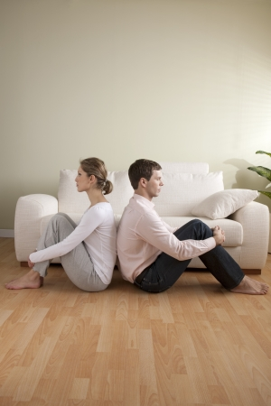 sulking: Young couple with relationship difficulties