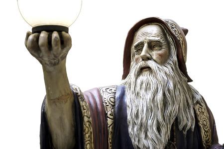 mago merlin: Merlin estatua hechizo de druida medieval