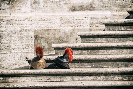 cascos romanos: Cascos romanos antiguos