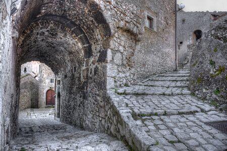 abruzzo: Santo Stefano di Sessanio Village, Abruzzo, LAquila Stock Photo