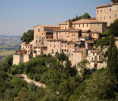 View of the city of Todi in Italy Archivio Fotografico