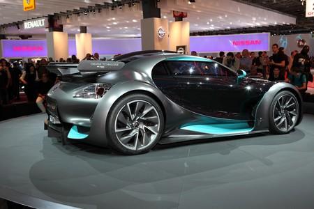 Paris Motor Show 2-17 October 2010: the Citroen Survolt concept car