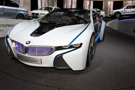 Paris Motor Show 2-17 October 2010: the new BMW Vision concept