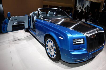 coup: The New Rolls-Royce Phantom Drophead Coup