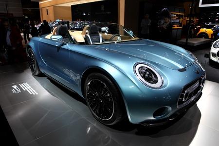 superleggera: The New Mini Superleggera displayed at the 2014 Paris Motor Show