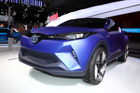 chr: The Toyota C-HR Concept displayed at the 2014 Paris Motor Show Editorial