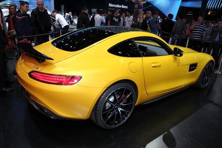 gt: La Mercedes AMG GT visualizzato 2014 Salone di Parigi Editoriali