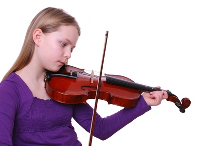girl is playing violin photo