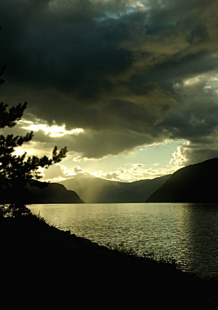 dark backgrounds: Dusk at the fjord - Norway