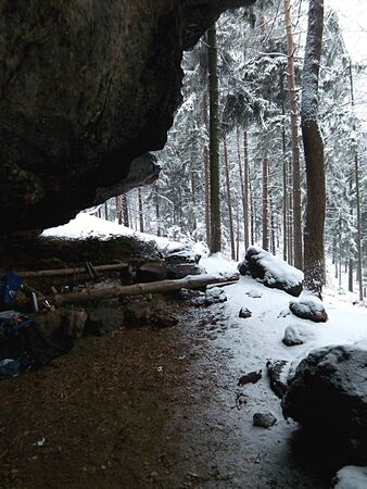 overnight: Overnight in the sandstone in winter, Saxony Switzerland, Saxony, Germany