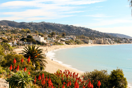 voyeur: Laguna Beach coastline in Southern California