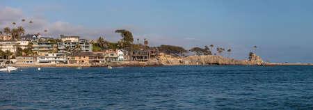 balboa: Homes along beautiful Balboa Island off the coast of Newport Beach in Southern California