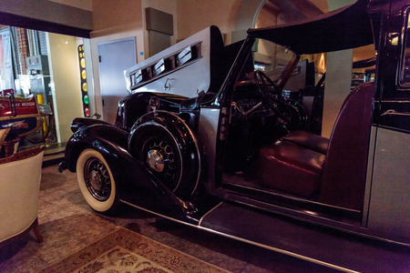 pierce: El Segundo, CA, USA - September 26, 2016: 1937 Pierce Arrow Town Car displayed at the Automobile Driving Museum in El Segundo, California, United States. Editorial use only.