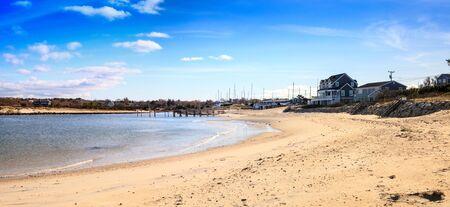 Sea Street Beach in Dennis, Massachusetts on Cape Cod in the fall. 스톡 콘텐츠