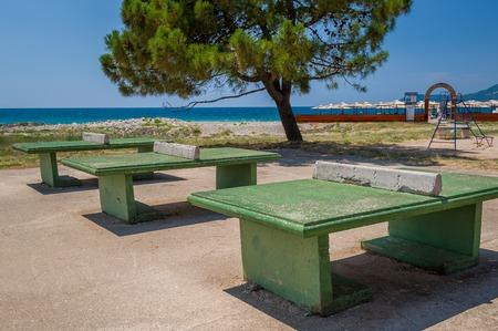 ping pong: Hormig�n mesa de ping pong super resistente. Bar, Montenegro.