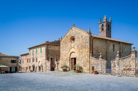 Monteriggioni old town