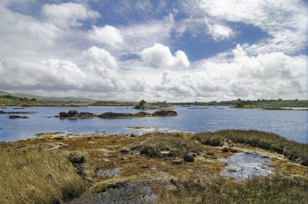 connemara: Wild lake landscape in Connemara