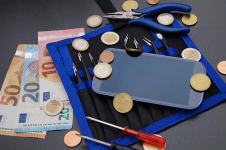 smartphone repair costs