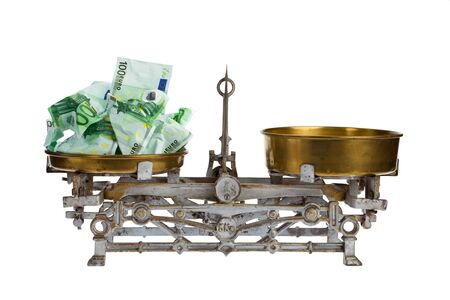 balanced budget: Cutout to fill itself